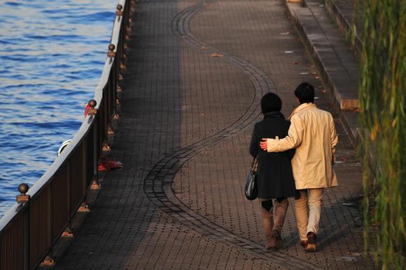 妻の「一人旅」は浮気だった!男性への思いを綴った日記調のノートで浮気の実態を掴む